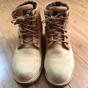 Timberland boots size 5.5M